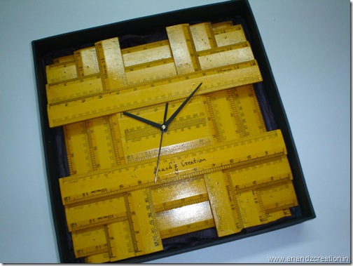 Woodenscaleclock1